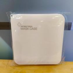 Caja plástica para mascarillas