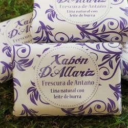 Jabón con leche de burra hecho en Galicia