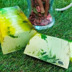 Jabón de glicerina vegetal con aroma a piña