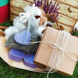 Saquito de lavanda con jabón aromático en caja de regalo