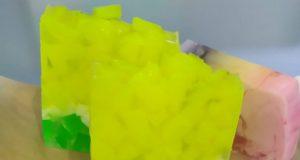 Jabones aromáticos de glicerina vegetal.